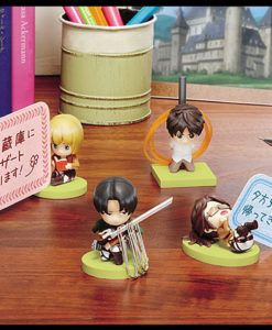 Attack-on-Titan_Chibi_-Figure_01
